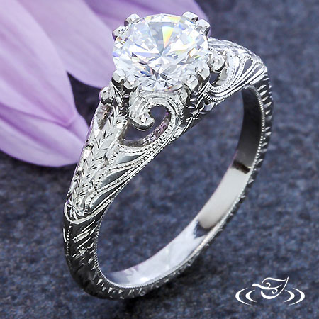 PLATINUM VINTAGE STYLE ENGAGEMENT RING