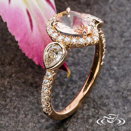 14KR HALO RING WITH PS PEACH SAPPHIRE