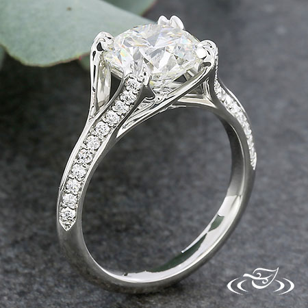 PLATINUM DIAMOND MELEE ENGAGEMENT RING