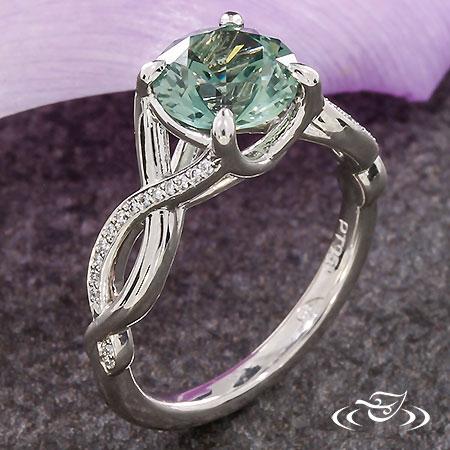 TWISTING DIAMOND & MONTANA SAPPHIRE ENGAGEMENT RING