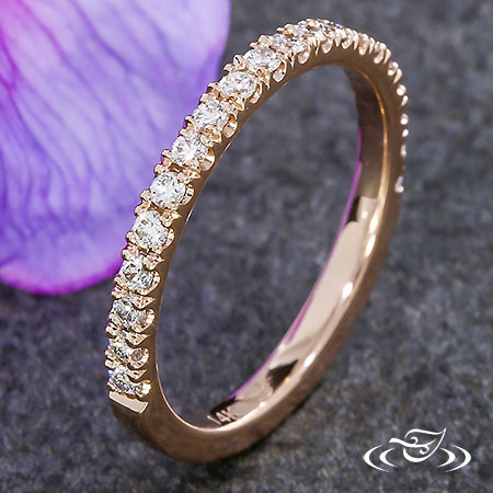 14KT ROSE GOLD FISHTAIL DIAMOND BAND