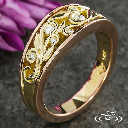DIAMOND AND GOLDEN TWO TONE  BAND