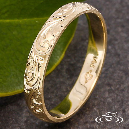 YELLOW GOLD ENGRAVED BAND