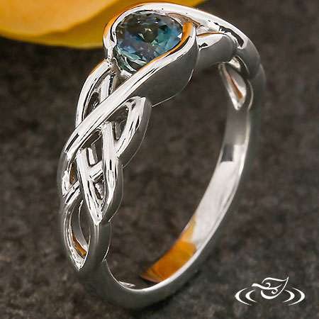 CELTIC BRAID MONTANA SAPPHIRE ENGAGEMENT RING