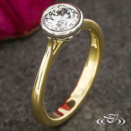 TWO-TONE SOLITAIRE