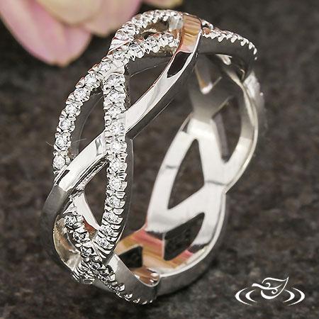 BRAIDED DIAMOND FRENCH SET BAND