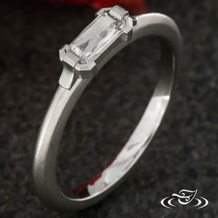 CONTEMPORARY STACKABLE RING