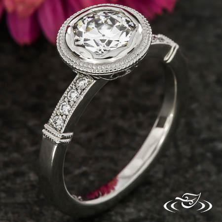 SCALLOPED BEZEL SOLITAIRE DIAMOND RING
