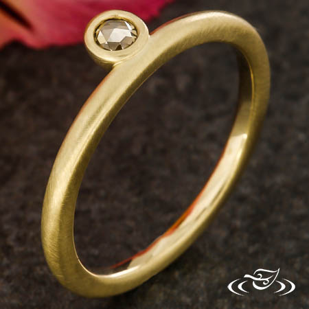 STACKABLE ROSE CUT DIAMOND RING