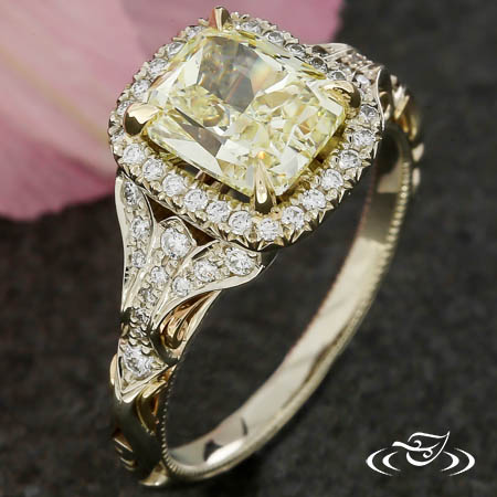 YELLOW DIAMOND VINTAGE ENGAGEMENT RING
