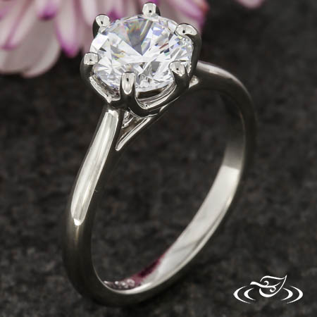 DETAILED TRELLIS SOLITAIRE