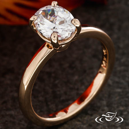 OVAL CLASS SOLITAIRE