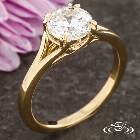 SPLIT SHANK TRELLIS ENGAGEMENT RING