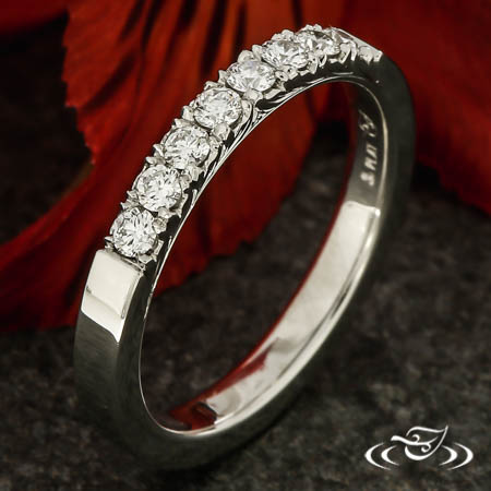FRENCH SET DIAMOND BAND