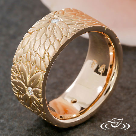 CARVED LAYERED FLOWER BAND