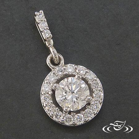HALO-STYLED DIAMOND PENDANT