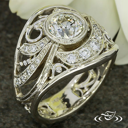 ORNATE FLORAL-ANTIQUE STYLE RING