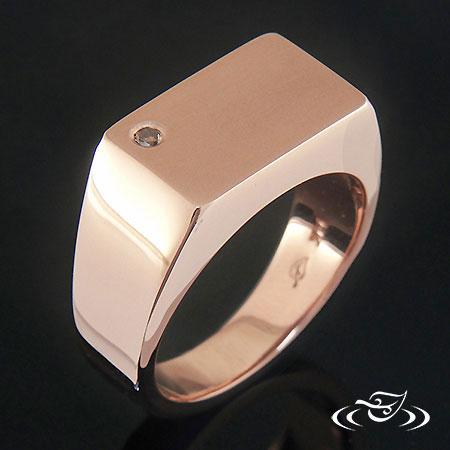 SIGNET WEDDING BAND